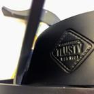 Platzhirsch_einfach_glatt_Detail_Logo_Tlusty_1.jpg